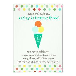 Cucharadas e invitación de la fiesta de cumpleaños