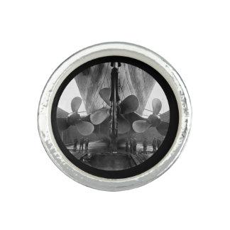 Cuchillas de propulsor titánicas del RMS Anillo Con Foto