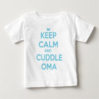 CUDDLE OMA BABY T-Shirt