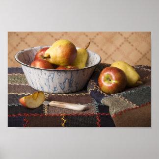 Cuenco 4044 de fruta en el edredón loco poster