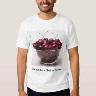 Cuenco de cerezas playeras
