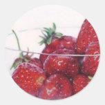 Cuenco de fresas etiquetas redondas