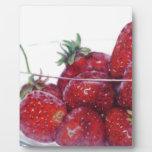 Cuenco de fresas placas de plastico