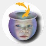 Cuenco de los pescados del bebé etiqueta redonda