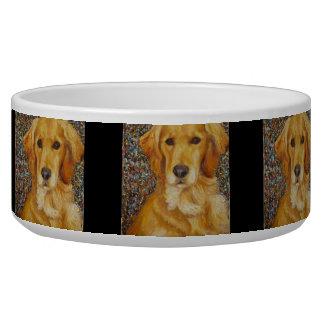 Cuenco del perro del golden retriever comedero para mascota