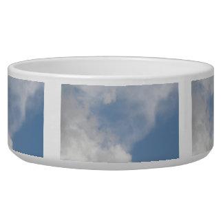 Cuenco mullido del perro de las nubes bol para perro