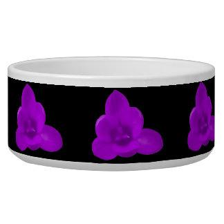 Cuenco púrpura del perro de la flor del azafrán comedero para mascota