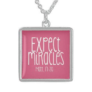 """""""Cuente con el collar SS de los milagros"""""""