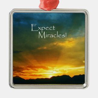 ¡Cuente con los milagros! Adorno Cuadrado Plateado