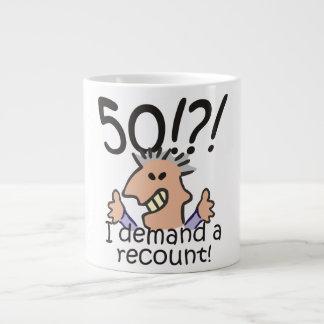 Cuente de nuevo el 50.o cumpleaños taza de café gigante