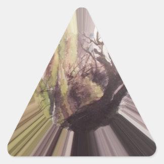 Cuento de hadas en violeta pegatina triangular