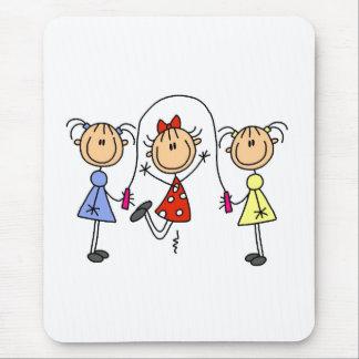 Cuerda de salto de los chicas del palillo mousepad