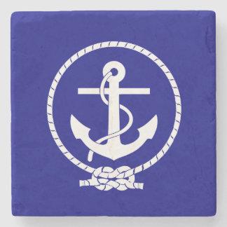 Cuerda y ancla náuticas de los azules marinos posavasos de piedra