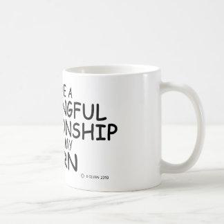 Cuerno significativo de la relación taza