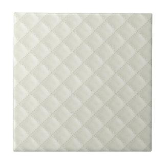 Cuero acolchado crema tejas  cerámicas
