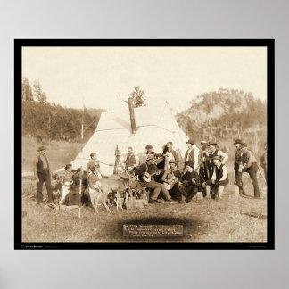 Cuerpo de los ingenieros que se relaja en la tiend póster
