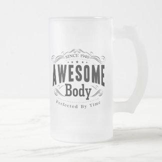 Cuerpo impresionante del cumpleaños 1940 taza de cristal