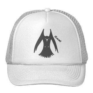 Cuervo Cawing en los gorras del camionero