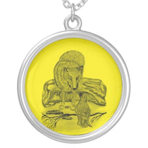 Cuervo con lobo diseño negro amarillo