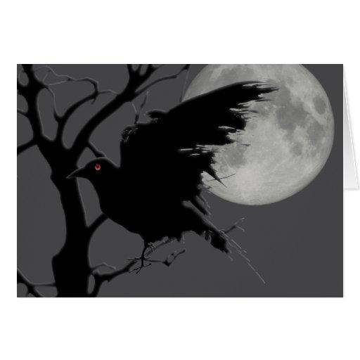 Cuervo de Halloween en rama con la Luna Llena Tarjeta De Felicitación