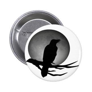 cuervo del claro de luna pin redondo de 2 pulgadas