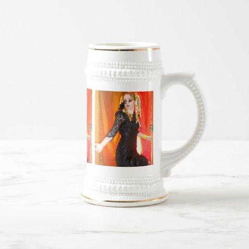 cuervo del negro del gótico del estilo de la fanta jarra de cerveza