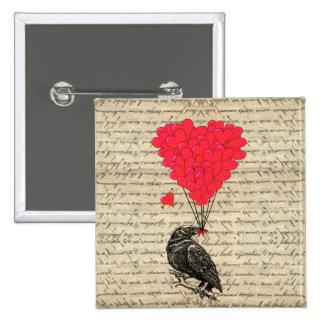 Cuervo del vintage y globos en forma de corazón pin cuadrado