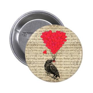 Cuervo del vintage y globos en forma de corazón pin redondo de 2 pulgadas