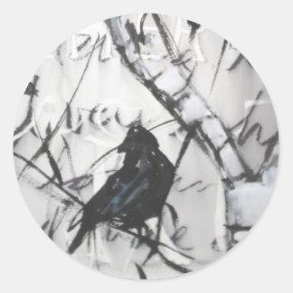 Cuervo en abedul etiqueta redonda