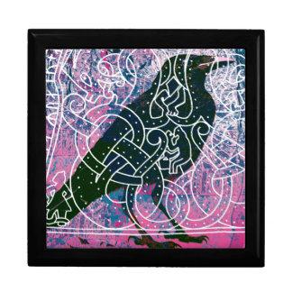 Cuervo en el Runestone Joyero Cuadrado Grande