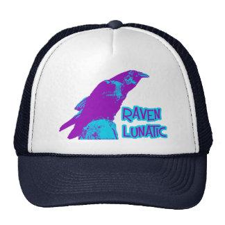 Cuervo loco gorra