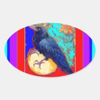 Cuervo místico en rojo y púrpura por Sharles Pegatina Ovalada
