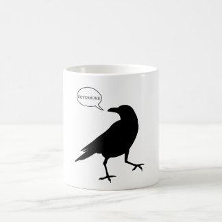 Cuervo nunca más taza