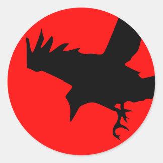 Cuervo oscuro pegatina redonda