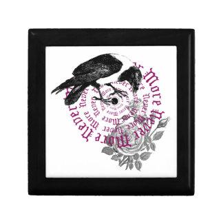 Cuervo y caja color de rosa de la joyería o de reg caja de recuerdo