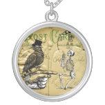 Cuervo y esqueleto joyería