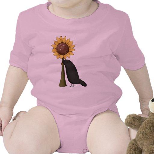 Cuervo y girasol camiseta