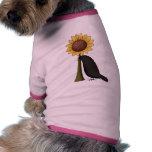 Cuervo y girasol camiseta de perro