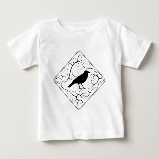 Cuervo y modelo de los remolinos. Blanco y negro. Tshirt