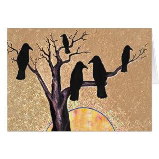 Cuervos en el árbol en el amanecer tarjeta de felicitación