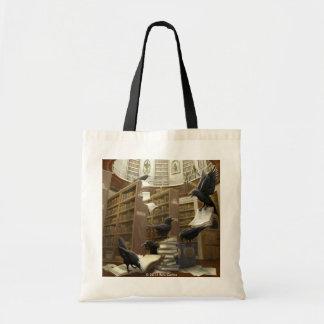 Cuervos en la bolsa de asas de la biblioteca