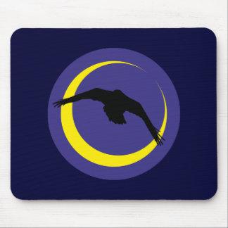 Cuervos luna media luna raven crescent moon tapete de raton
