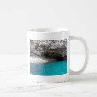 Cueva del mar de la isla de la cabra tazas