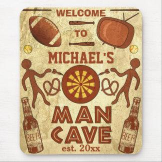 Cueva divertida del hombre con su personalizado co alfombrillas de ratón