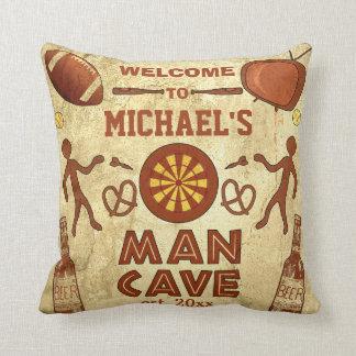 Cueva divertida del hombre con su personalizado cojín