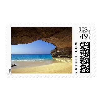 Cueva en la bahía francesa, isla de San Salvador, Estampilla