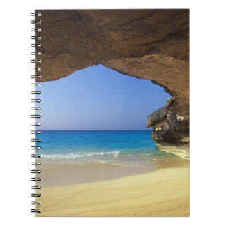 Cueva en la bahía francesa, isla de San Salvador, Libretas Espirales