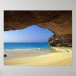 Cueva en la bahía francesa, isla de San Salvador, Posters