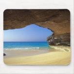 Cueva en la bahía francesa, isla de San Salvador, Tapetes De Ratón
