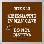Cueva Hibernating del hombre Poster